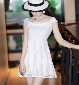 MINI DRESS PUTIH BROKAT SIMPEL 2016