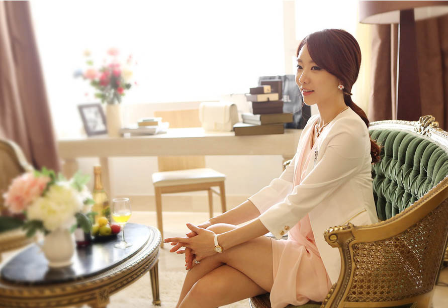 DISTRIBUTOR BLAZER WANITA KOREA ONLINE TERBARU 2014