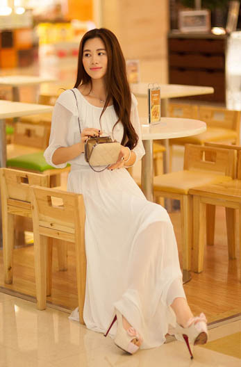 LONG DRESS KOREA SIFON PUTIH PANJANG