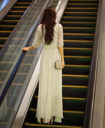 LONG DRESS KOREA SIFON PUTIH SIMPEL