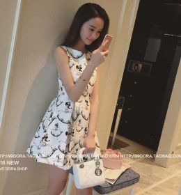 MINI DRESS LENGAN BUNTUNG BERMOTIF 2016