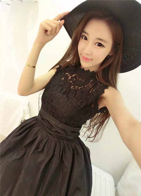 mini-dress-renda-hitam-cantik-terbaru